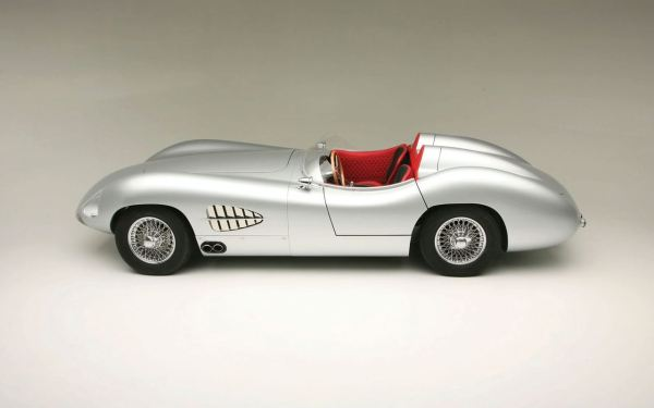1957-aston-martin-dbr2-with-modern-technology-2